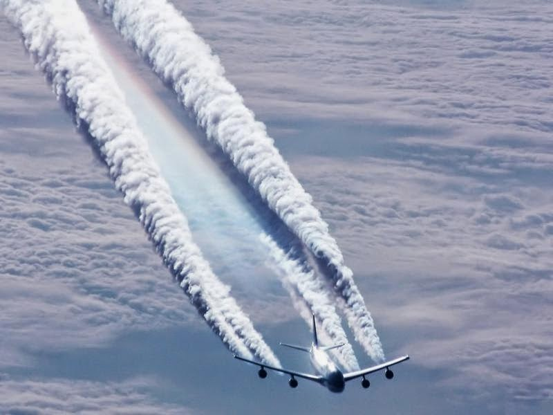 Aircraft_Condensation_trails