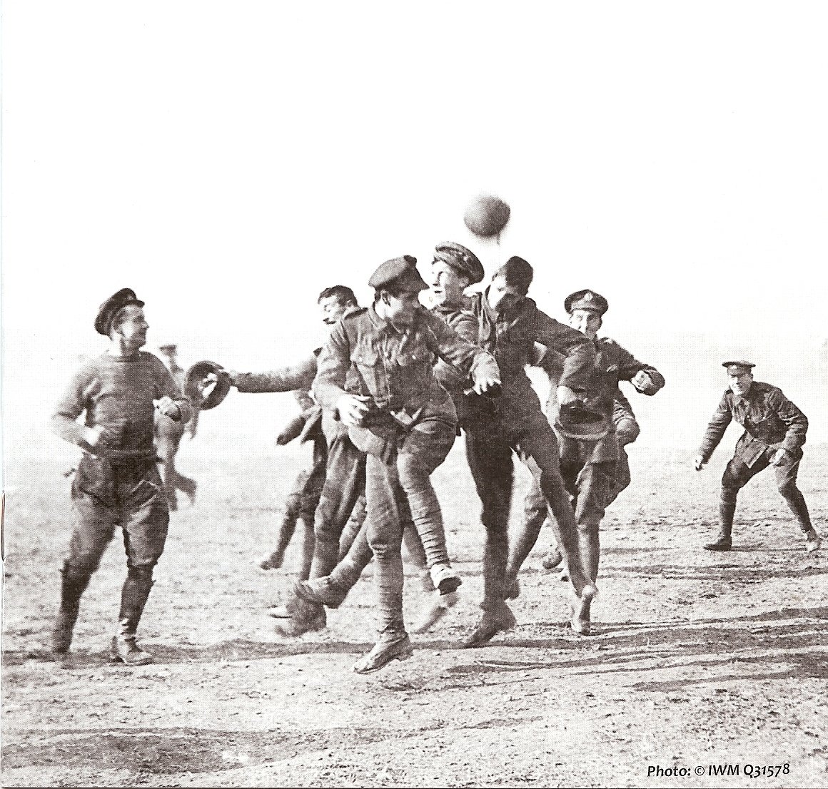 The Real Story Behind the 1914 Christmas Truce in World War I – The ...