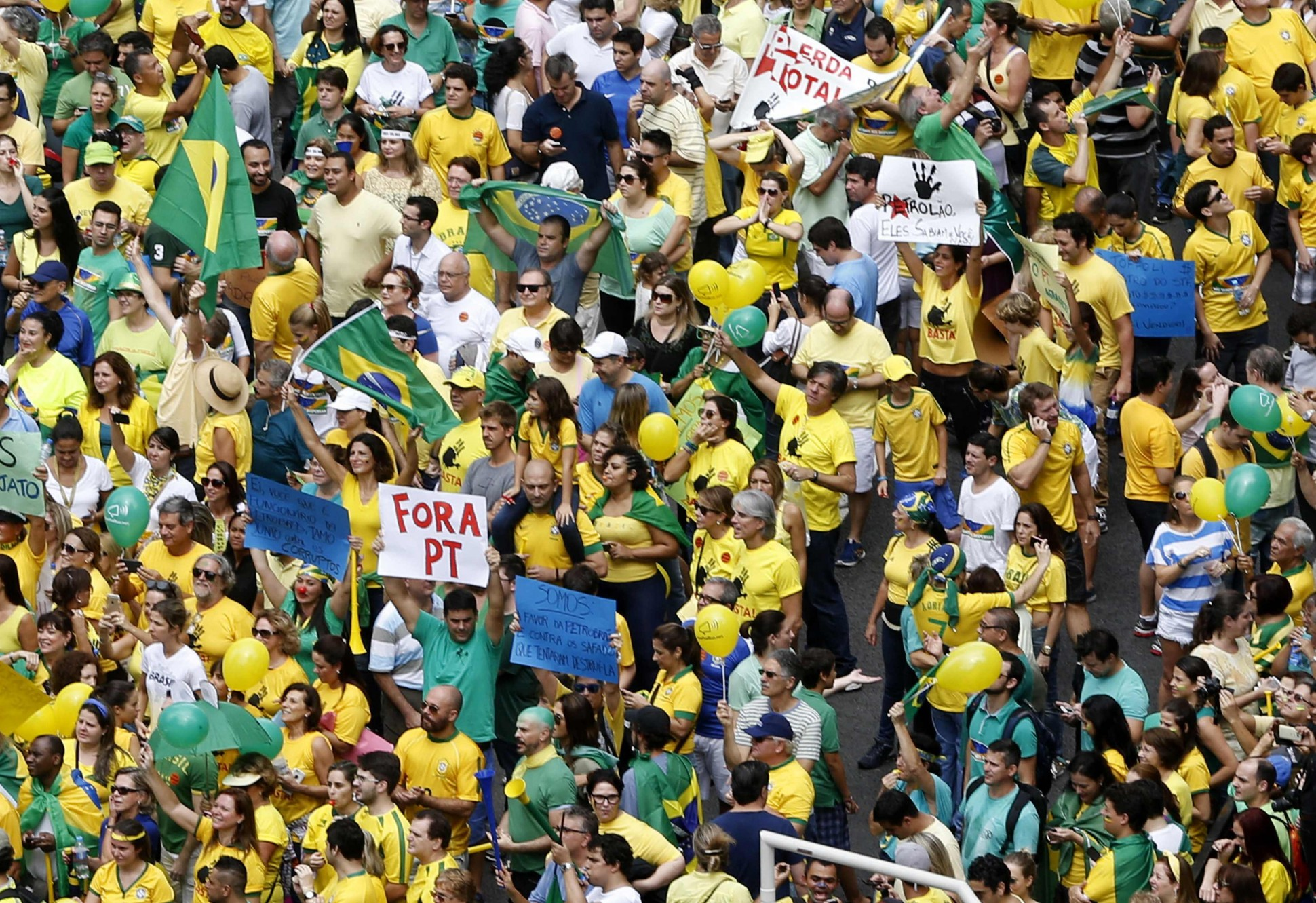 SaoPaulo_2015_protets-1940x1331