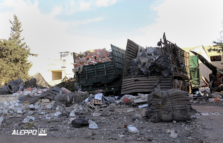 Damaged trucks carrying aid, in Aleppo More: http://tass.com/world/901003?_ga=1.24383994.1311478248.1474371465
