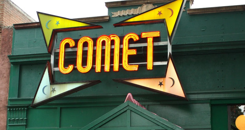 False Flag at Comet Ping Pong! Staged to Shut Down PizzaGate! 1st Amendment Under Grave Threat! So Is Second Amendment!