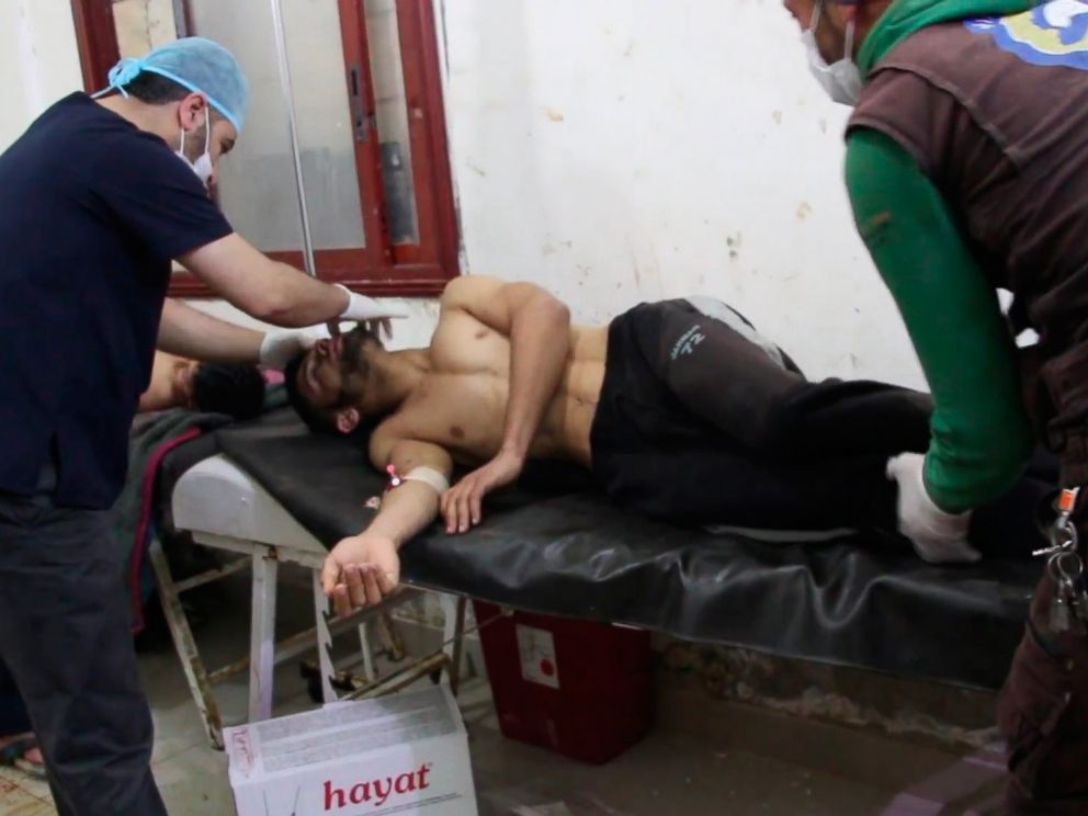 Syrian Bomb Fest EPA-syria-chemical-attack-02-as-170405_4x3_992