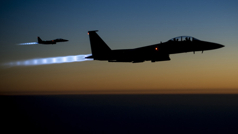 Is the U.S. military attacking the Syrian army with warplanes for Israel?